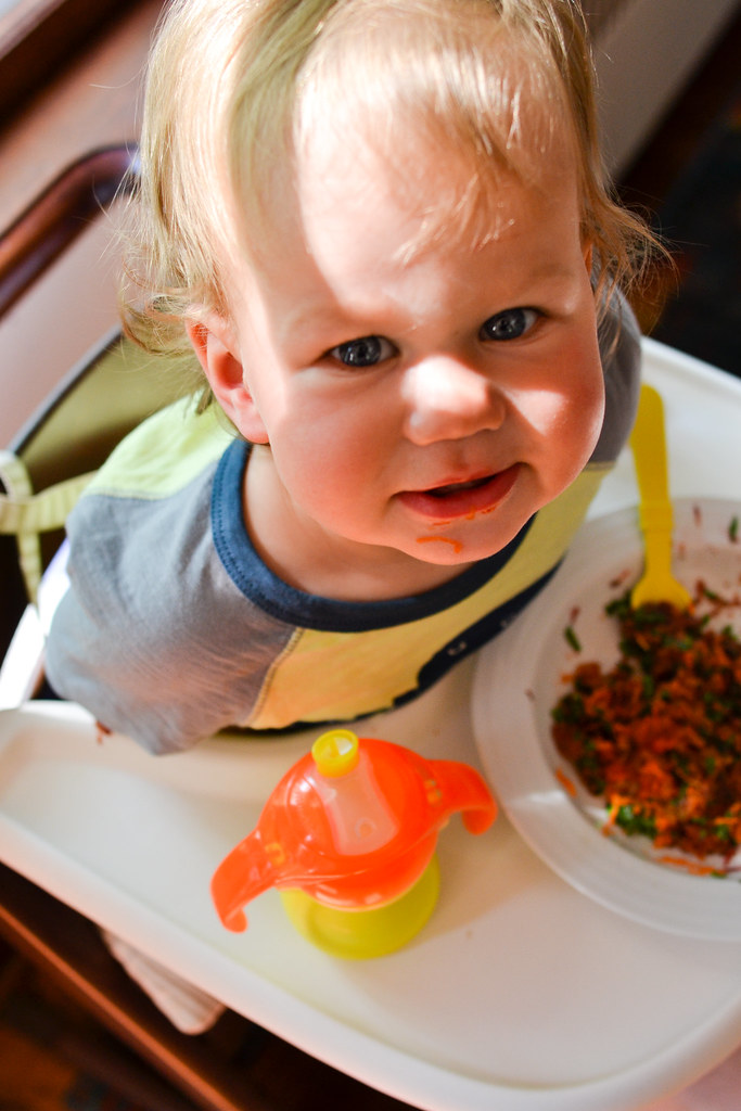 What Theo's Eating: Carrot, Apple, and Spinach Salad | Things I Made Today