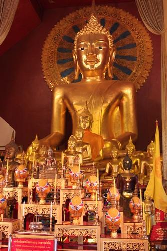 20120121_2133_Wat-Phra-Singh