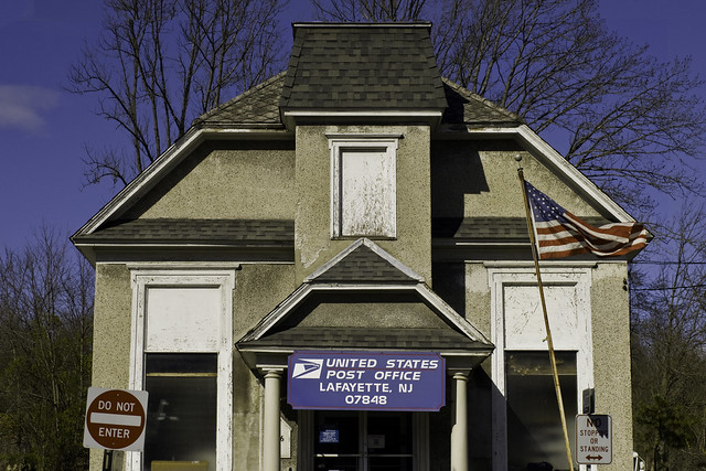 Lafayette Post Office