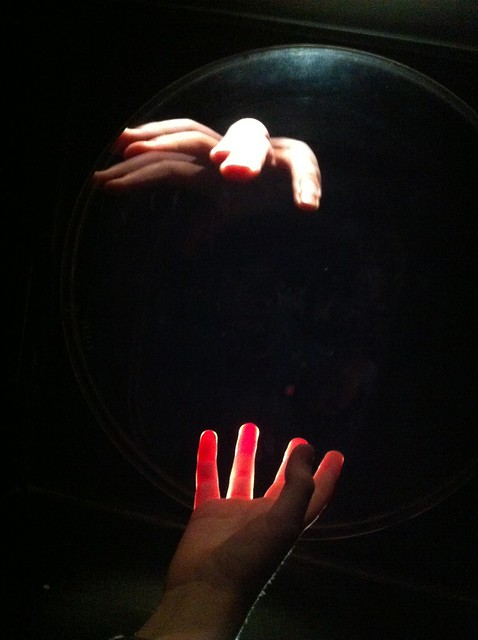 Exploratorium hands