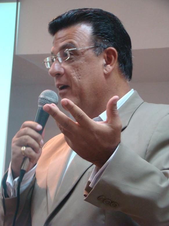 Bráulio Candian Jr Empresário E Palestrante Motivacional
