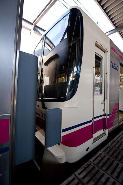 京王電鉄 8000系 クハ8764 転落防止幌設置