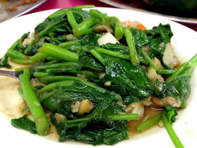 Stir Fried Kai Lan with Pork and Garlic