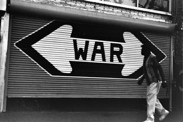<WAR>