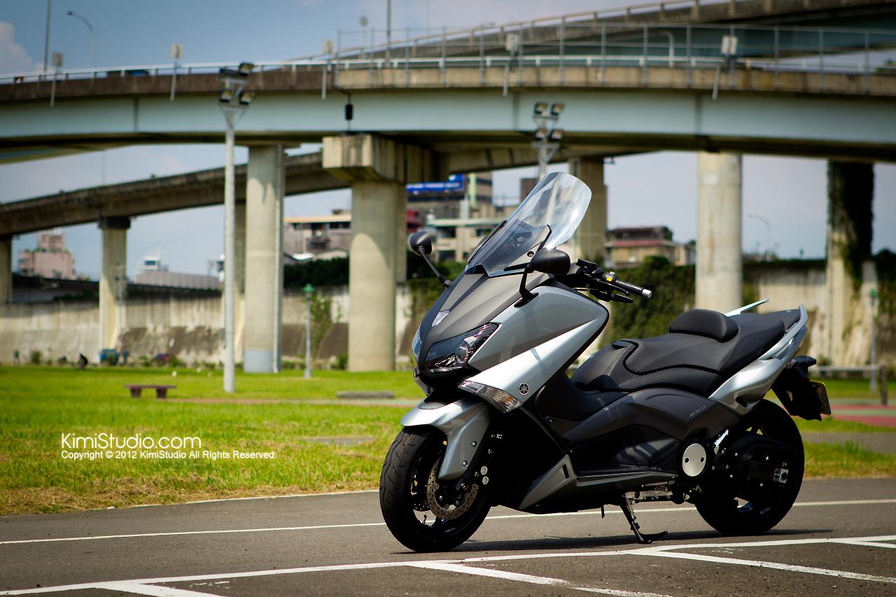 2012.06.30 T-max 530-002