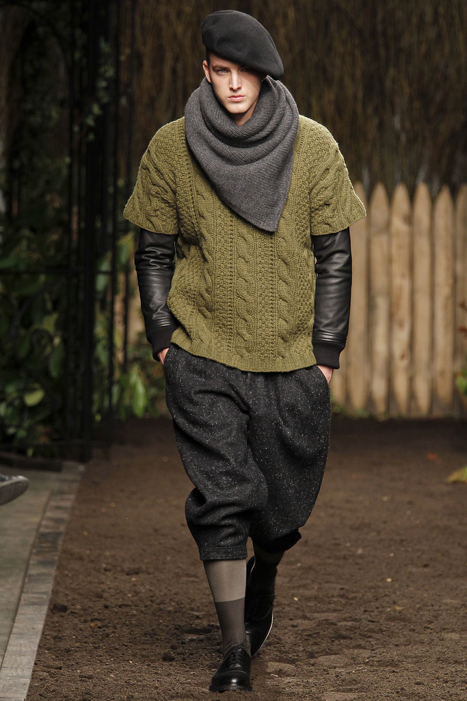 James Smith3626_FW12 NY Robert Geller(VOGUE)