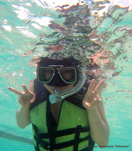 snorkeling-el-nido-palawan-picture-clear-water