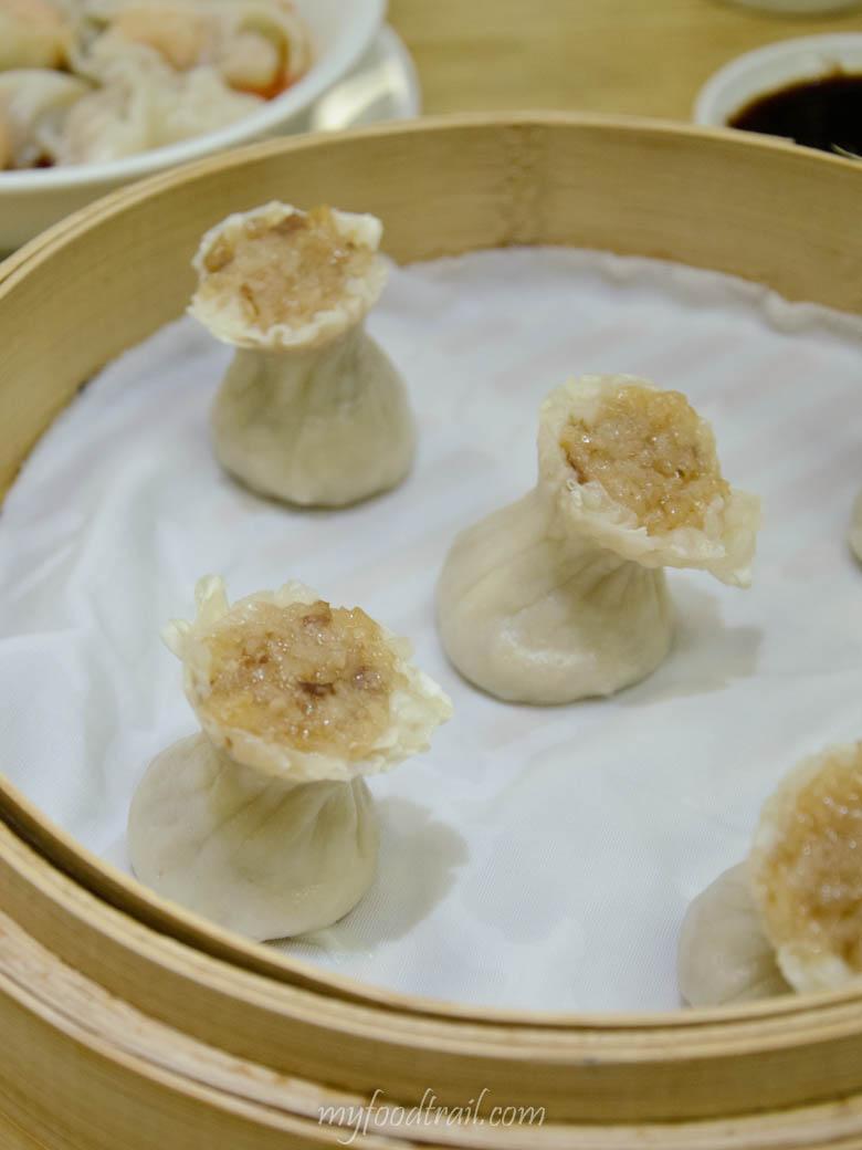 Din Tai Fung, Taiwan - Pork & glutinous rice shao mai