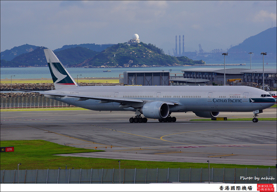 Cathay Pacific Airways / B-KPV / Hong Kong International Airport