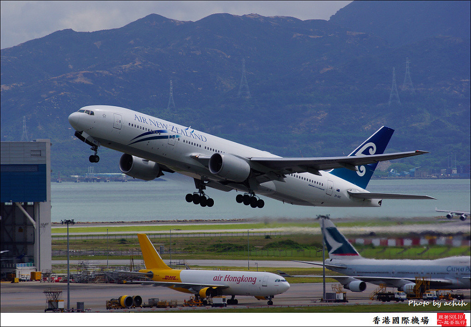 Air New Zealand / ZK-OKC / Hong Kong International Airport