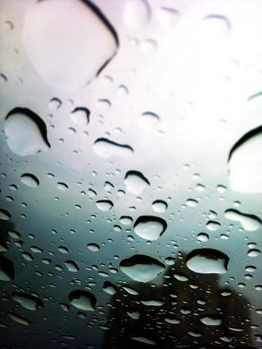 雨......