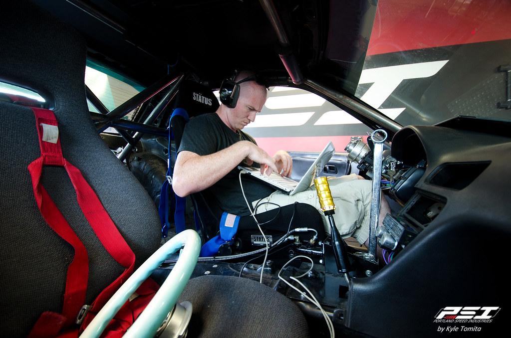 Jason Oefelein tuning a 1JZ powered Nissan S13