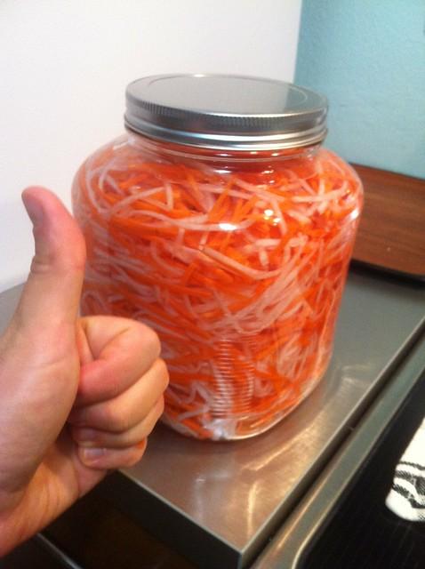 Do Chua, Vietnamese carrot & daikon pickle | Made a big batc ...