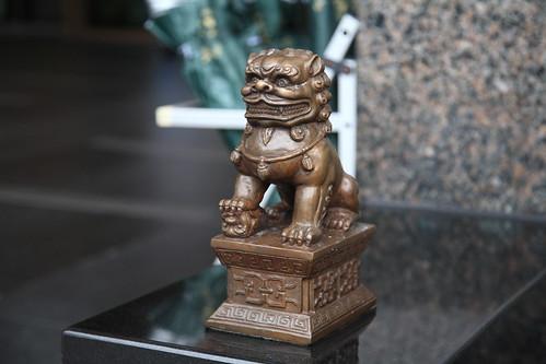 長榮鳳鳯酒店門口的石獅