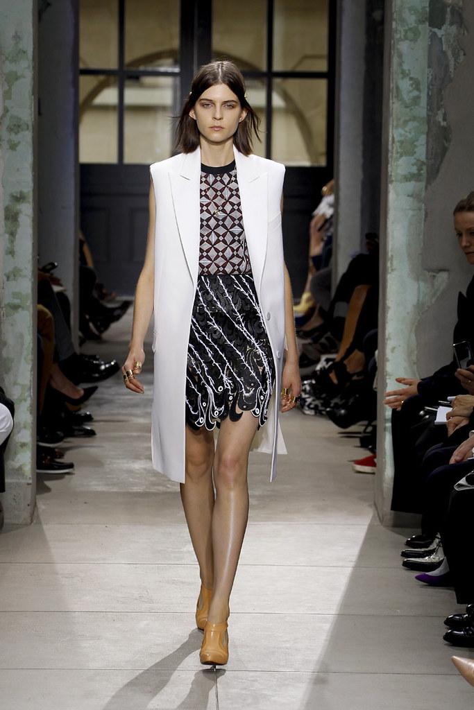 balenciaga-ss13-womenswear-38