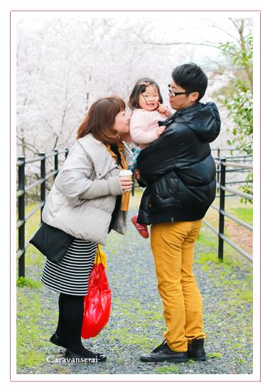 家族写真,ロケーション撮影,屋外撮影,出張撮影,女性カメラマン,モリコロパーク,愛知県長久手市,公園