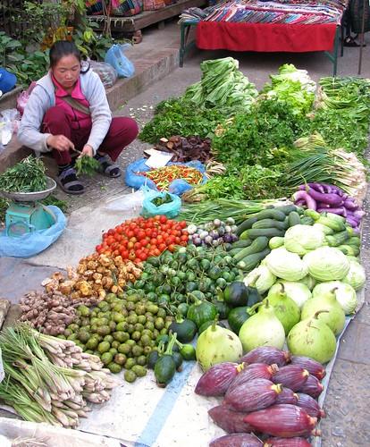 Vendedora de verduras en Mercado de Abastos de Luang Prabang