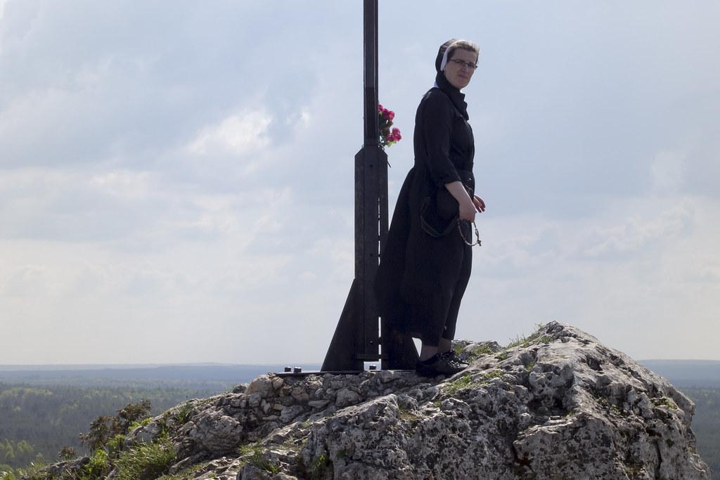 The nun - Góry Sokole #4 - Jura - Polska / Poland