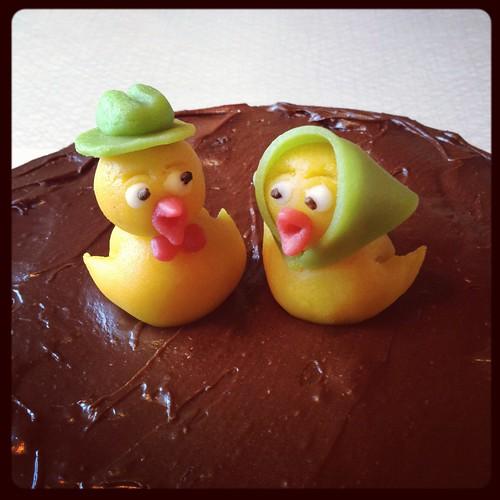 Marsipankycklingarna på påsktårtan