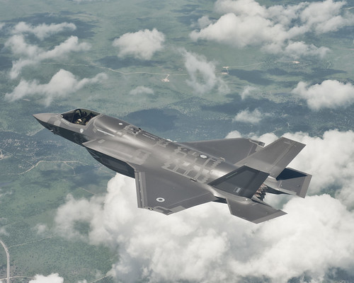 6937801636 56d6ed3d90 The First UK F35 in Flight