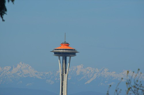 Space Needle plus mountains