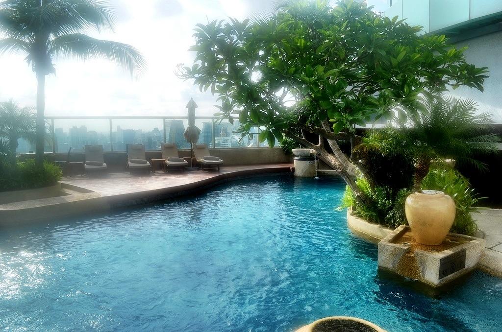 Rooftop Pool at the InterContinental Bangkok