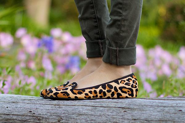 leopard-shoes-close