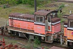 freight car(0.0), passenger car(0.0), electric locomotive(0.0), railroad car(0.0), vehicle(1.0), train(1.0), transport(1.0), rail transport(1.0), public transport(1.0), locomotive(1.0), rolling stock(1.0), track(1.0), land vehicle(1.0),