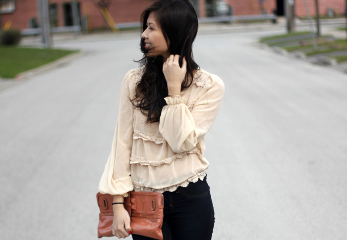 Tiered lace (4)