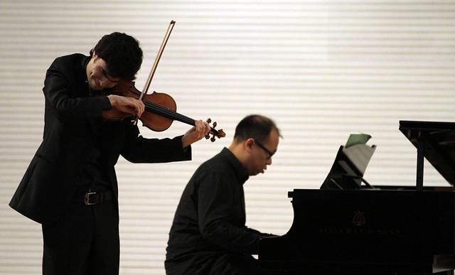 CONCURSO PERMANENTE DE JÓVENES INTÉRPRETES DE JUVENTUDES MUSICALES DE ESPAÑA – FASE DE CUERDA – ÁVILA 23 A 25 DE MARZO´12