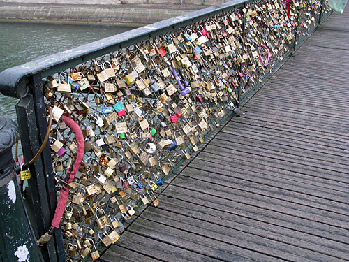 Bridge locks pont des arts paris flickr photo sharing for Locks on the bridge in paris