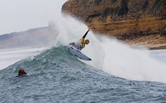 Mick Fanning pulls his trademark lightning fast cutback en route to his second Rip Curl Pro Bells title