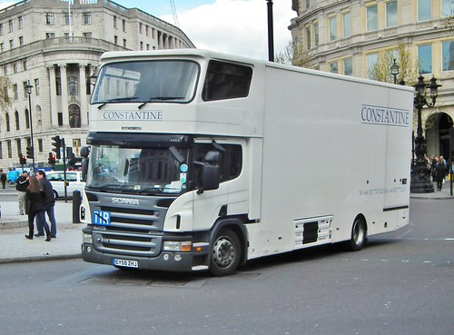 Duża ciężarówka