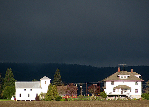 04-13-12 Dark Skies to the West by roswellsgirl