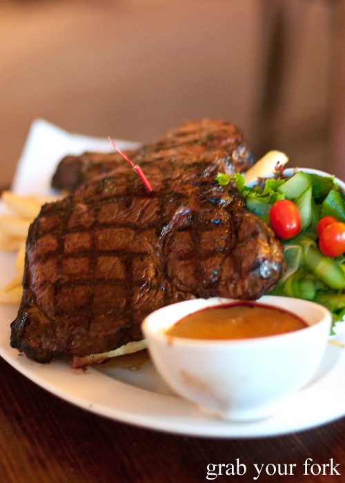 1kg steak challenge at the Pyrmont Bridge Hotel