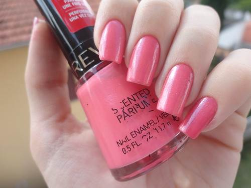 Sublime Strawberry, Revlon