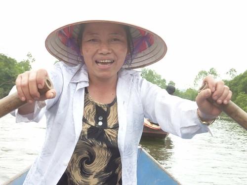 Hanoi 12-Perfume Pagoda (39)