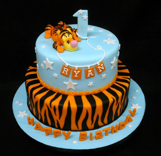 Images Of 1st Anniversary Cake : Tigger 1st Birthday Flickr - Photo Sharing!