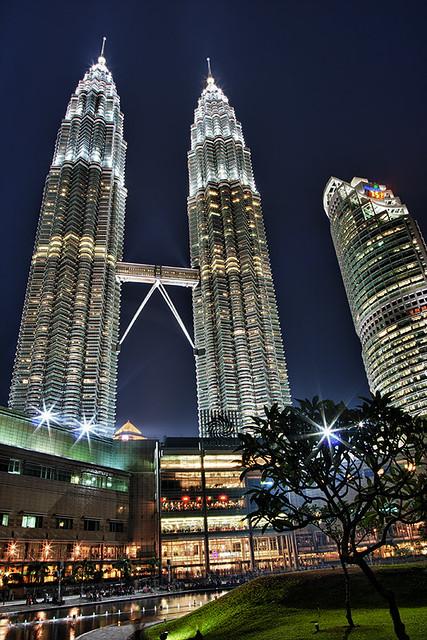 Petronas Towers by CC user glowform on Flickr