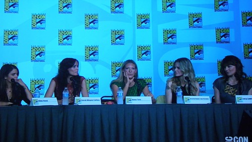 Kristin Kreuk, Nikki Reed, Sarah Wayne Callies, Anna Torv, Kristin Bauer van Straten, and Lucy Lawless on the Entertainment Weekly: Powerful Women in Pop Culture (aka Women Who Kick Ass!) Panel at Comic Con