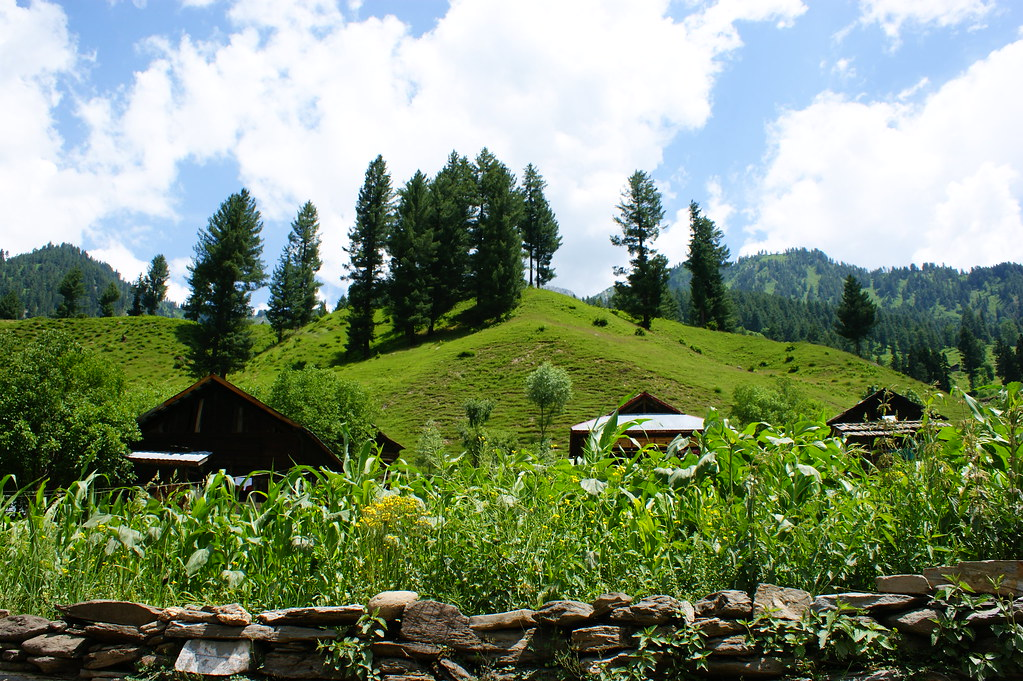 """MJC Summer 2012 Excursion to Neelum Valley with the great """"LIBRA"""" and Co - 7608688860 2f3321839b b"""