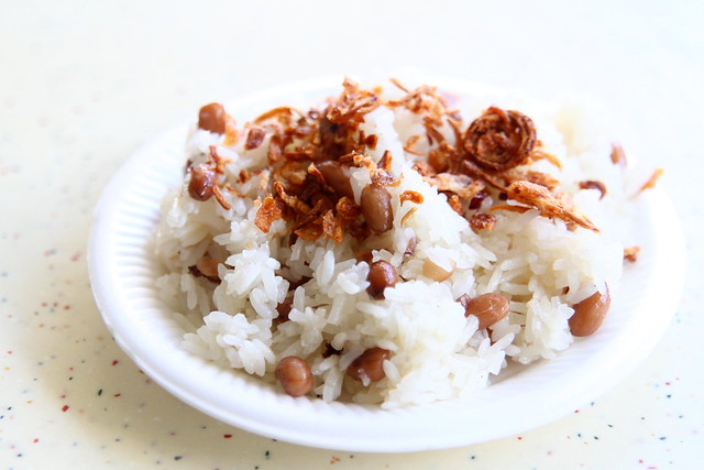 Tiong Bahru Market: HarriAnn's Delights' vegetarian glutinous rice