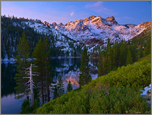 california lighting sunlight mountain lake snow reflection water sunrise landscape twilight postcard scenic landmark olympus e3 sierranevada californialandscape printsavailable zd sierrabuttes zuikodigital sierracounty 1260mm olympuse3