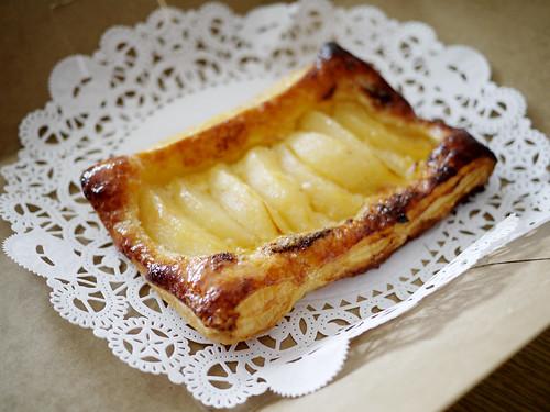 08-06 pear tart