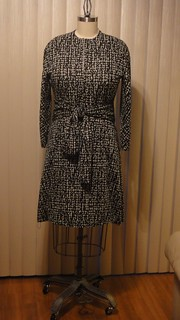 Vogue 1317  Houndstooth Front