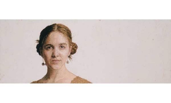 Retratos bordados de Cayce Zavaglia