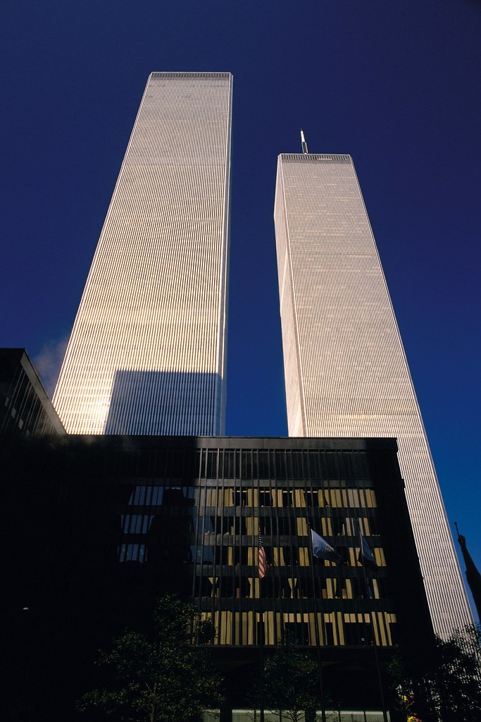 New York Twin Towers Of The Wtc 1368 1362 Feet 110