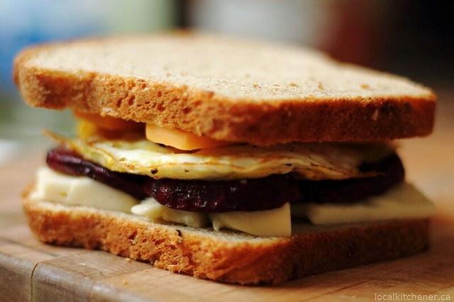beetster egg sandwich