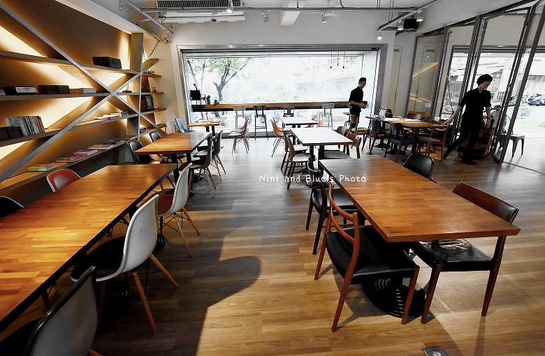 霧峰美食飲料咖啡簡餐圈圈亞洲大學09