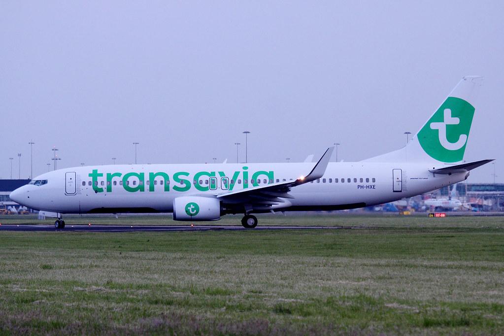 PH-HXE - B738 - Transavia